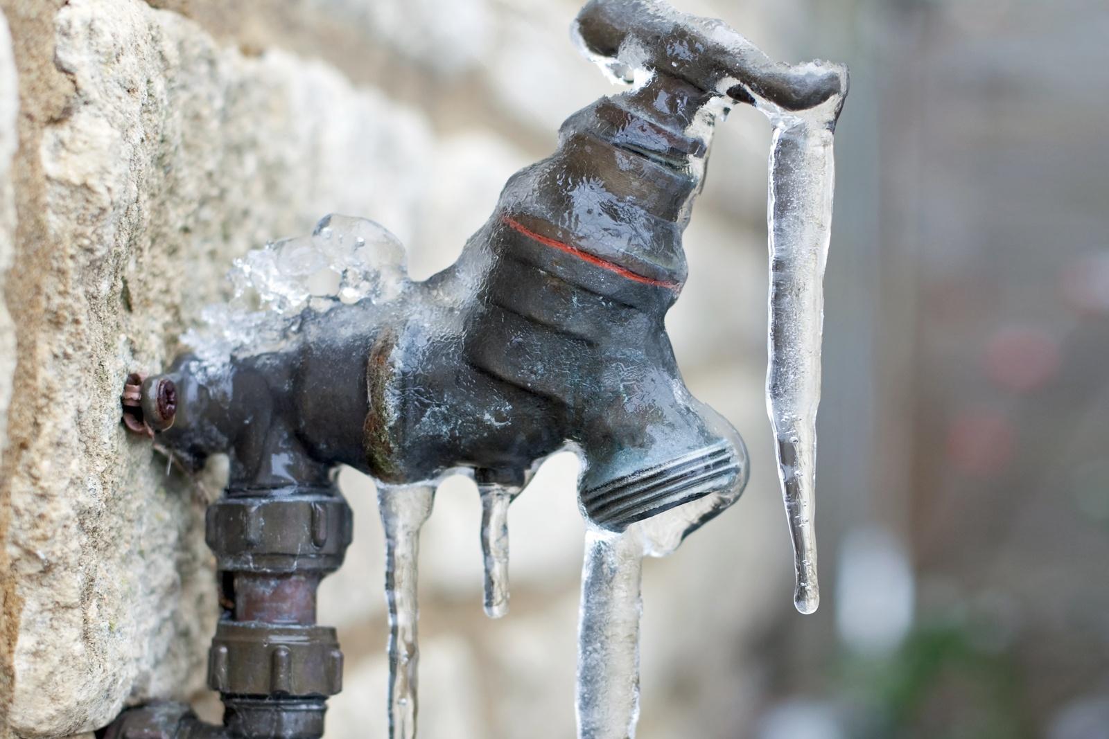 frozen-pipes.jpg